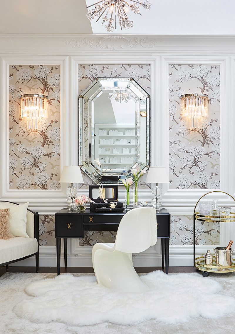 Decor Amp Places Chanel Boutique In Bergdorf Goodman New