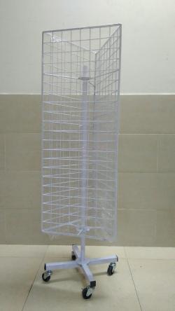 Khung-luoi-xoay-3-mat