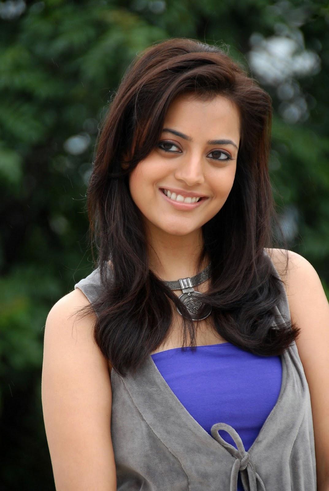 Cute Indian Actress Wallpapers Nisha Agarwal Hot Stills Indian Movie Portal