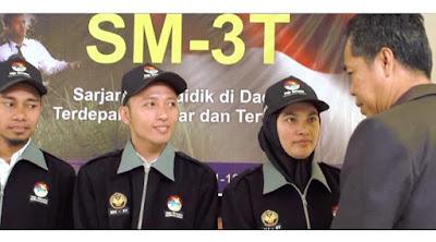 pelepasan para guru sm3t yang akan bertugas di berbagai provinsi di indonesia setelah melalui berbagai seleksi menjadi guru sm3t