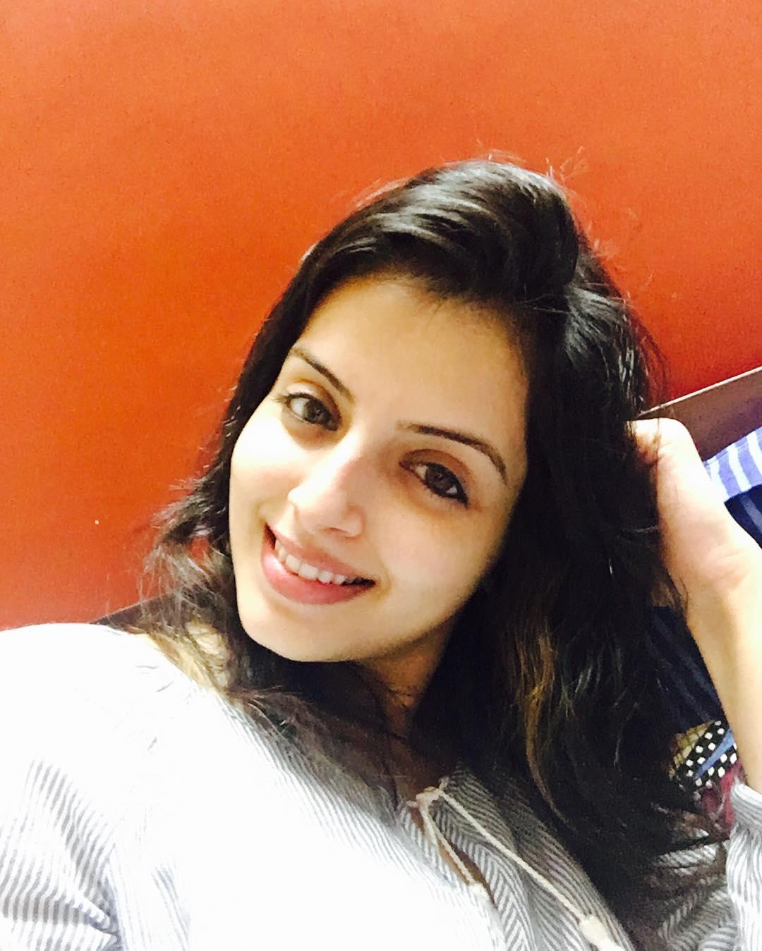 Shrenu Parikh - cute smile