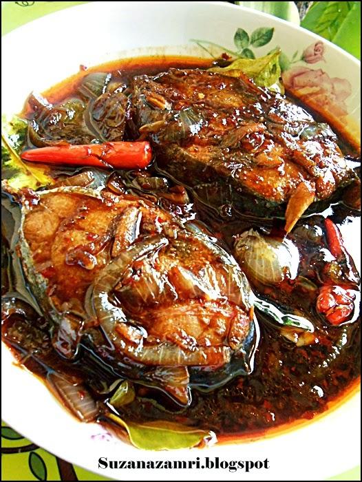 ..Cooking with soul.....: IKAN TONGKOL MASAK KICAP PEDAS