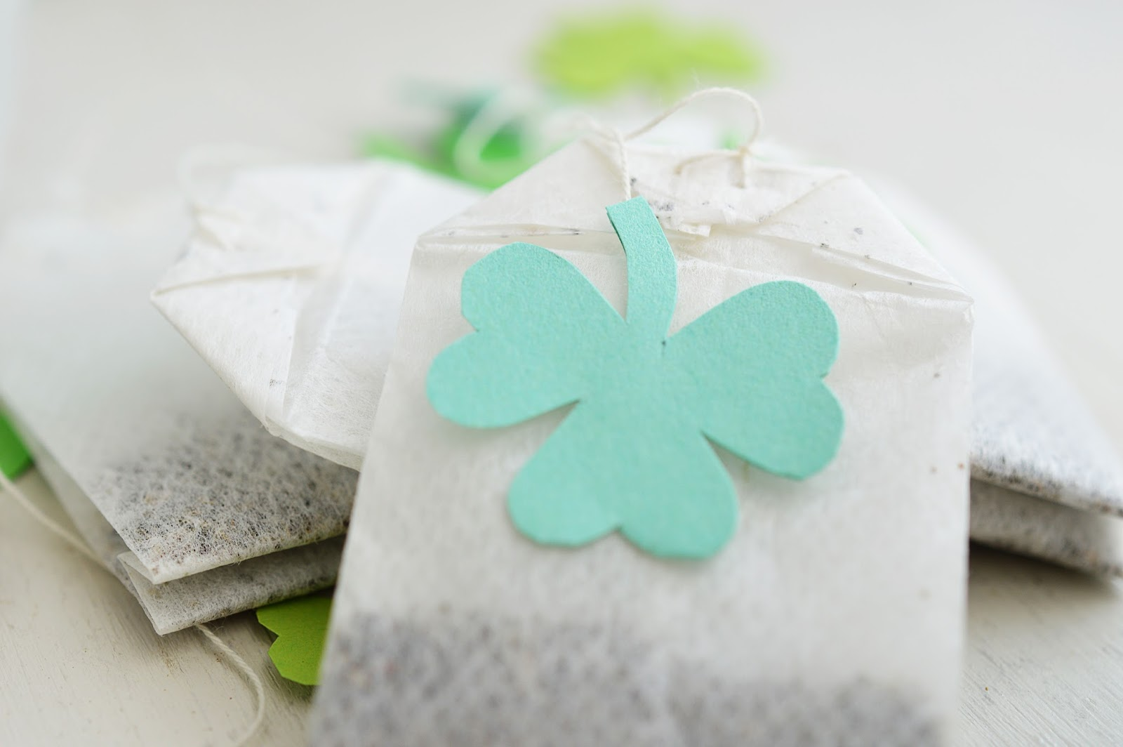 Lucky Leprechaun Elixir | DIY TEABAG CHARMS - Motte