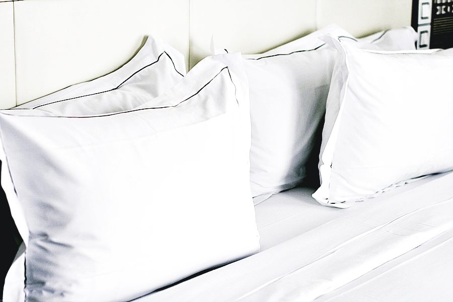 pillows bed hotel