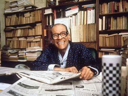 أول عربي حصل على جائزة نوبل للأدب