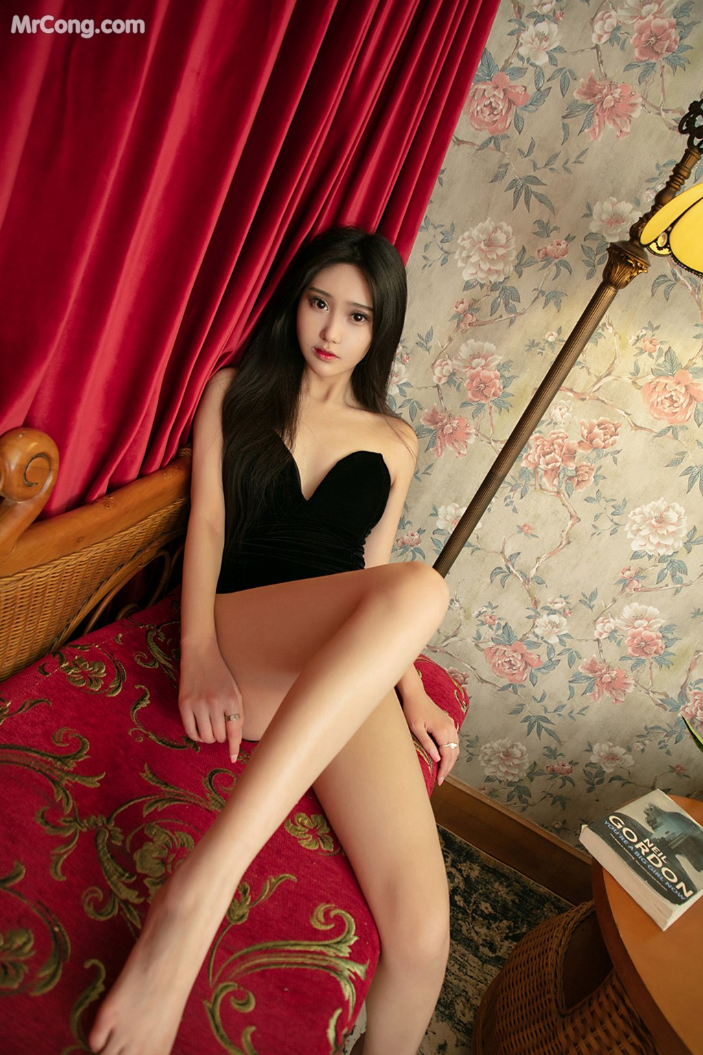 Image UGIRLS-U426-MrCong.com-002 in post UGIRLS U426: 一只香蕉船 (65 ảnh)
