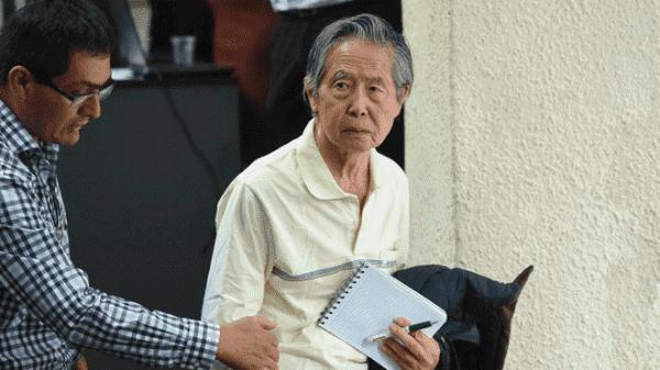 Ordenan evaluar salud de Fujimori para reingreso a prisión