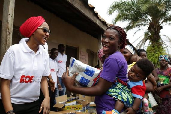 Photos: Zahra Buhari celebrates independence day with the less privileged in Abuja