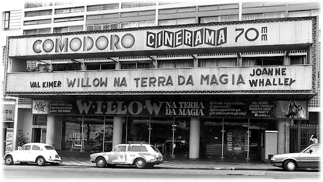 SALAS DE CINEMA DE SÃO PAULO: O cartaz de cinema