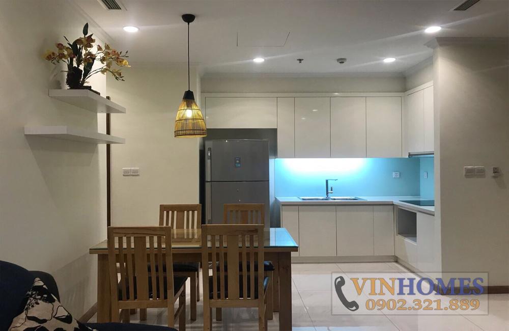 Căn hộ cho thuê quận Bình Thạnh Vinhomes - view bếp