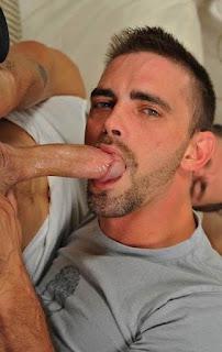gay man sucking a dick, cocksucking, dicksucking, suck, blowjob, bj, men, hard, hardon, boner, oral, Robot Jack