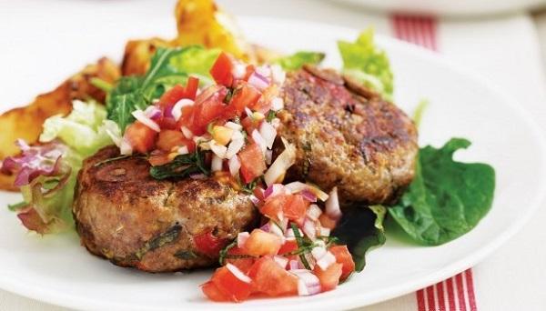 Μοσχαρίσια μπιφτέκια με άρωμα Μεσογείου....απολαύστε ένα φανταστικό πιάτο.