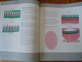 Beginners Instructions for the Oval Loom Knitting kit
