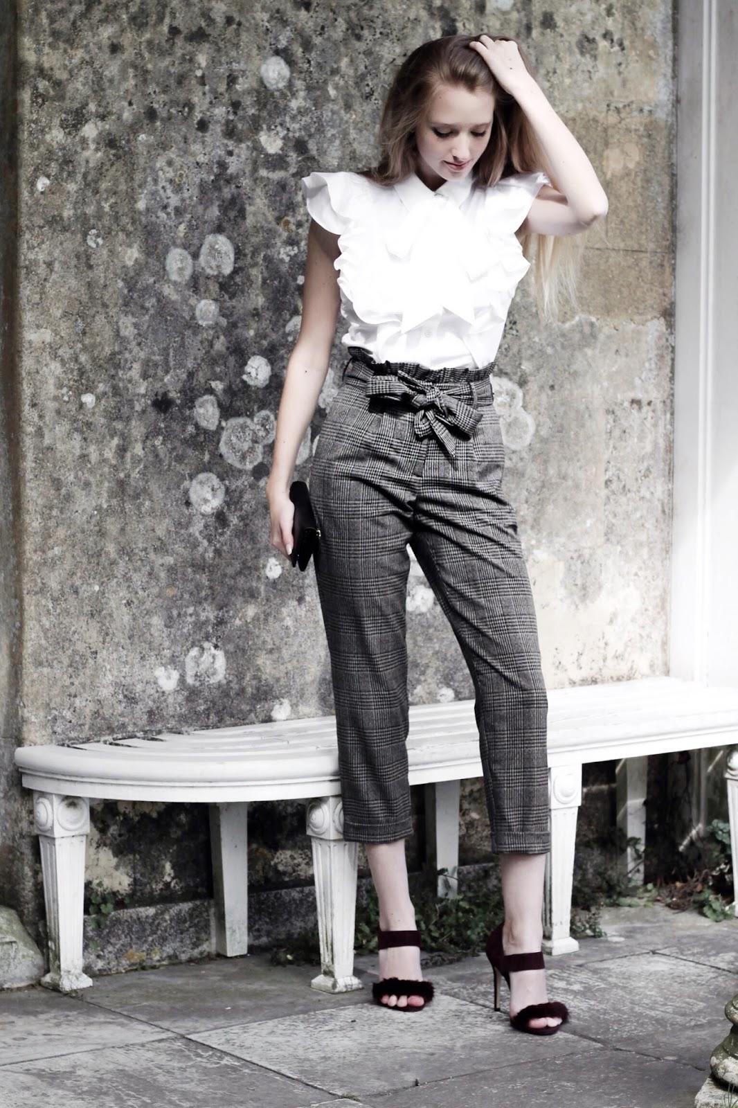 UK Fashion Blog desk to date Autumn styling