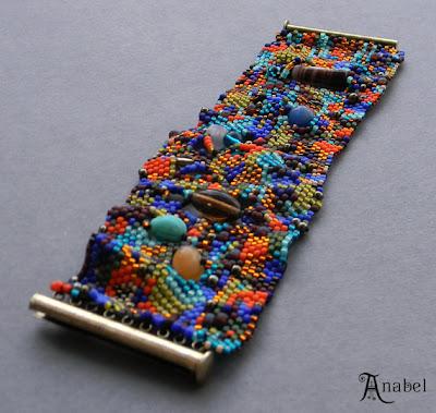 купить женские украшение ручной работы бисерные изделия куплю