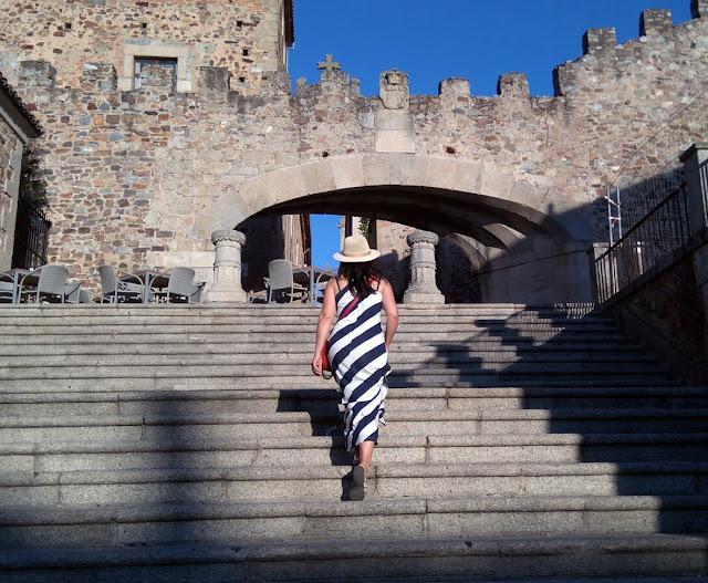 long-striped-dress