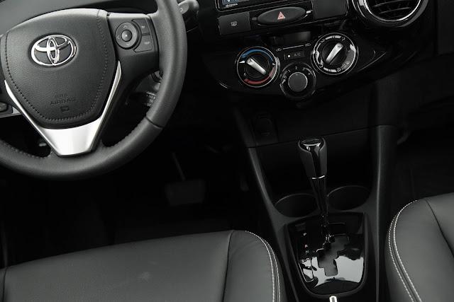 Toyota Etios Automático - câmbio automático de quatro marchas