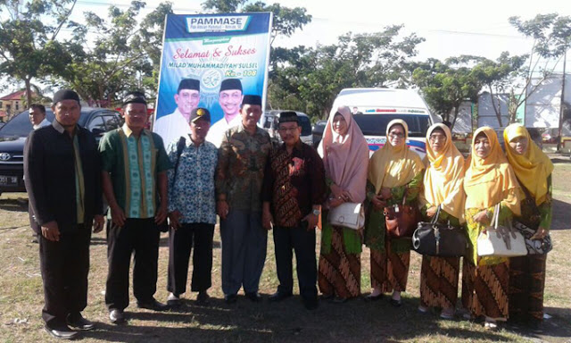 Amran Mahmud Hadiri Milad Muhammadiyah di Jeneponto