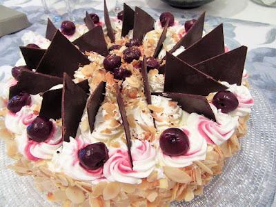 Torta s višnjama / Cherry cake