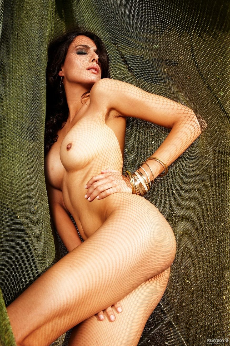 hot-gabriella-nude-actress-naked-and-pussy-wet