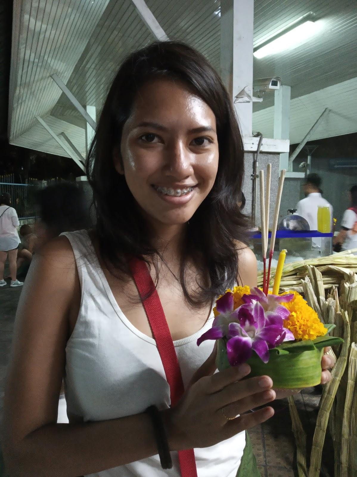 Celebrating Loy Krathong in Bangkok | Ummi Goes Where?