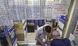 Registrasi Kartu Prabayar Sulit, DPR: Rakyat Jangan Jadi Korban