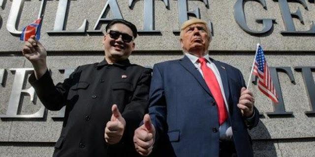 Berpelukan di Hongkong, Trump dan Kim Jong-Un Abaikan Prediksi Tak Akan Pernah jadi Sahabat