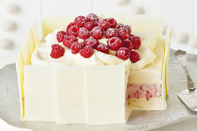 Coconut and raspberry ice-cream cake Recipe