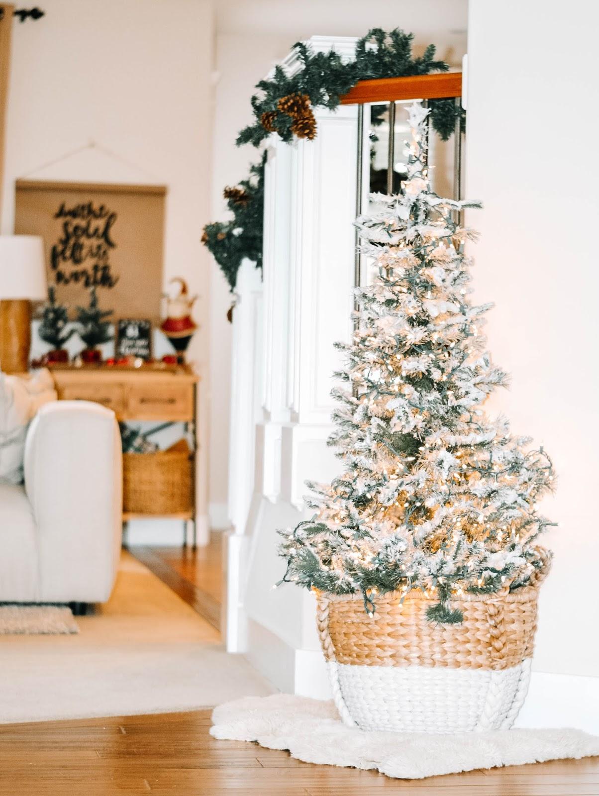 shaving cream mixture flocking a christmas tree
