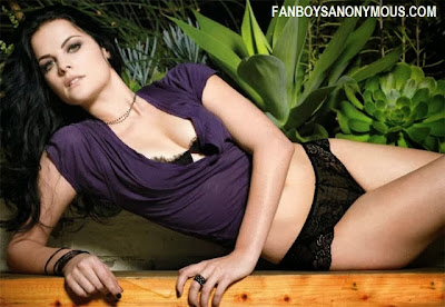 Thor Lady Sif actress Jaimie Alexander nude glamour photos