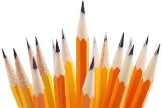 قلم رصاص أصفر