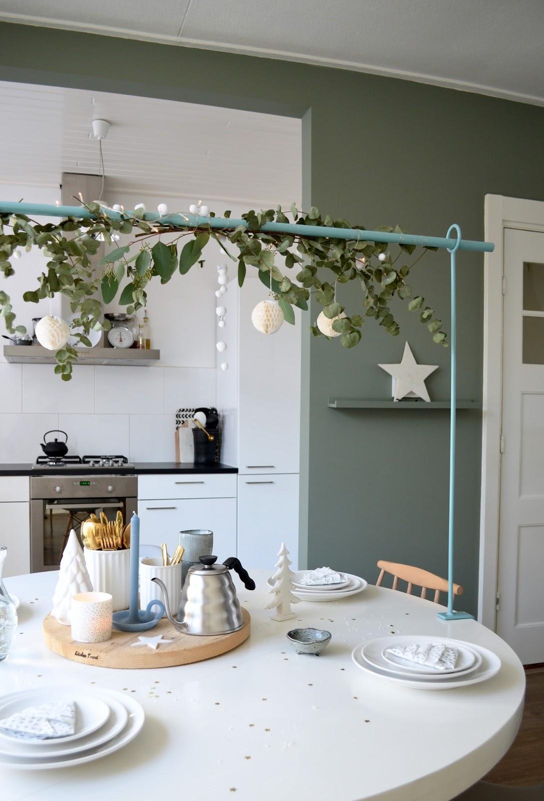 Kersttafelstyling met de Toon Tafelklem
