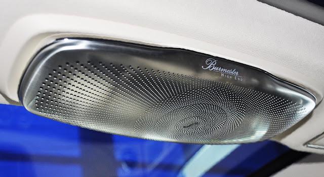Mercedes Maybach S500 2017 sử dụng Hệ thống âm thanh vòm Burmester® High-End 3D 24 loa, Công suất 1540 watt