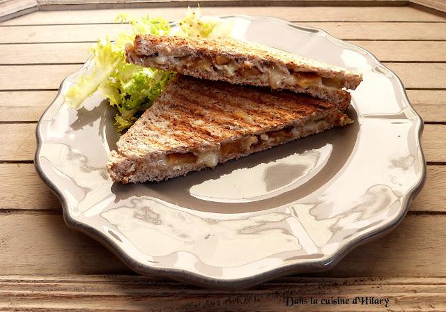 Croque-Normand au camembert et pommes flambées au Calvados