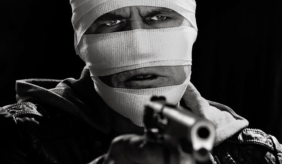 Dwight în SIN CITY 2: A DAME TO KILL FOR