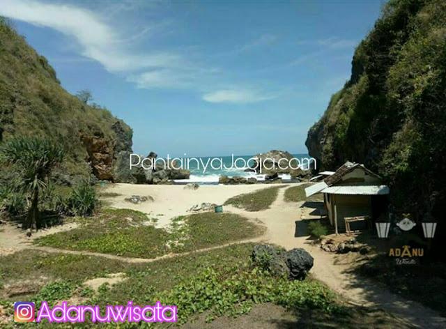 lokasi camping pantai wohkudu