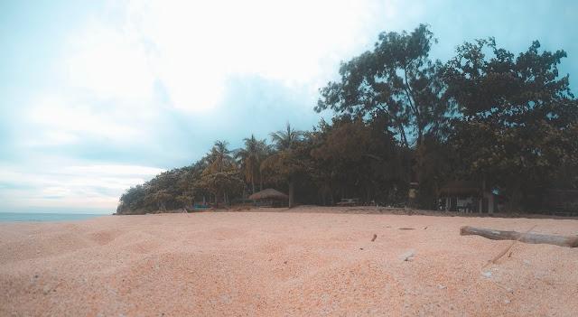 hermana menor zambales beach resort