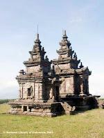 Sejarah Candi Gedong Songo Semarang - Candi Gedong III - Candi Kembar