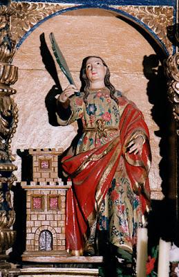 Cangas del Narcea, capilla de San Antonio de Currielles, Santa Bárbara