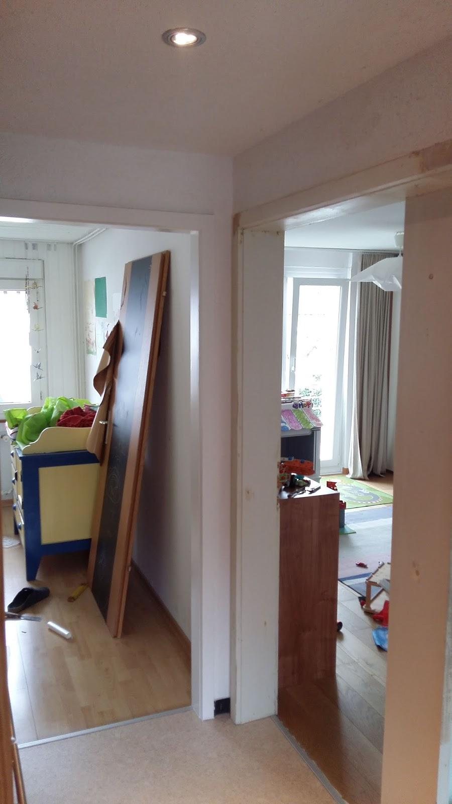 kinderbijou renovation der t rrahmen. Black Bedroom Furniture Sets. Home Design Ideas