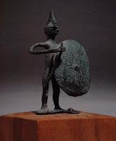 Estatuilla veneciana de bronce del s. VIII a. C., utilizada como utensilio funebre