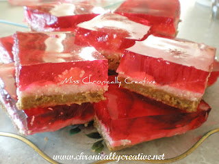 Valentines Day baking, desserts, pink, red, strawberry, squares