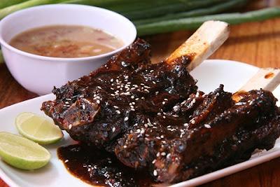 Kuliner Indonesia - Iga Bakar dan Sop Konro Karebosi