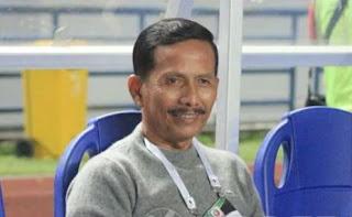 PSMS Tundukkan Persib 2-0, Djanur Tersenyum Penuh Arti
