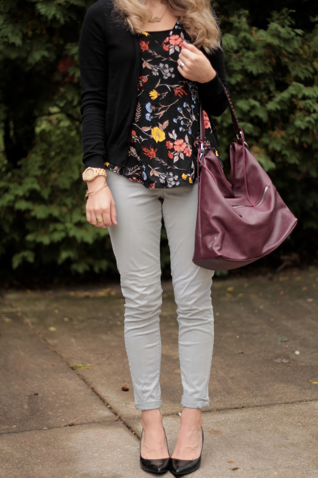 Old Navy sleeveless floral blouse, grey jeans, black cardigan, black heels, burgundy bag, gold leaf necklace, fall floral work outfit
