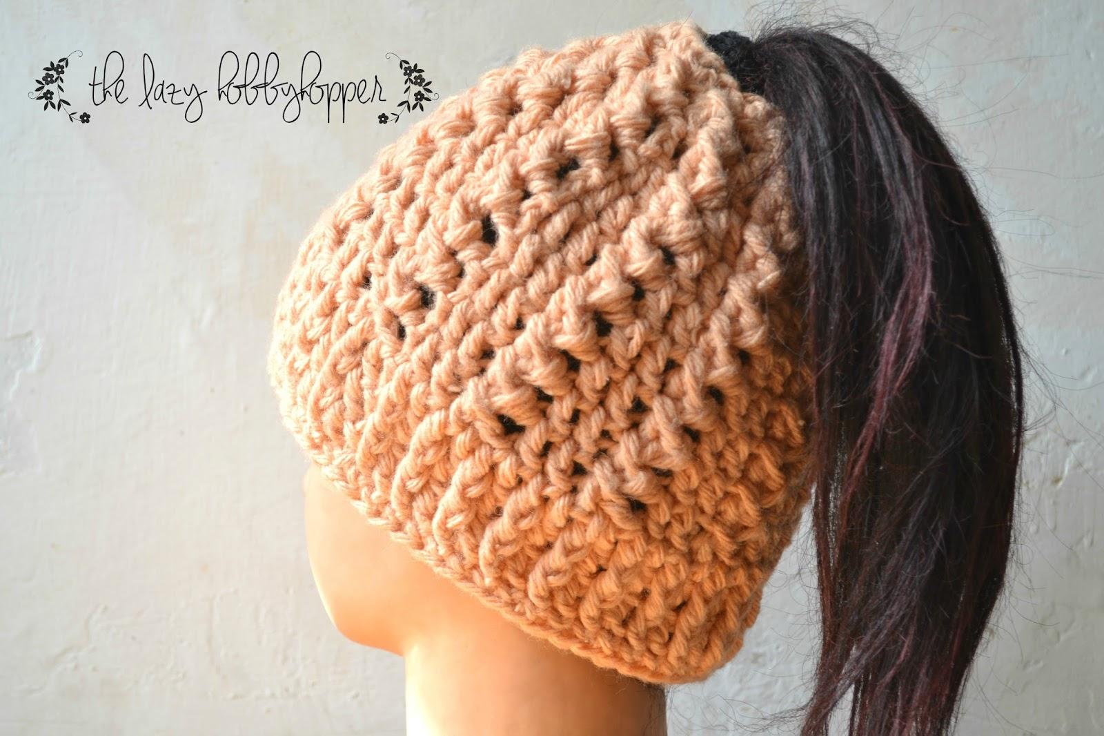 bf17e50a0b6e4 The Lazy Hobbyhopper  Messy bun hat - free pattern