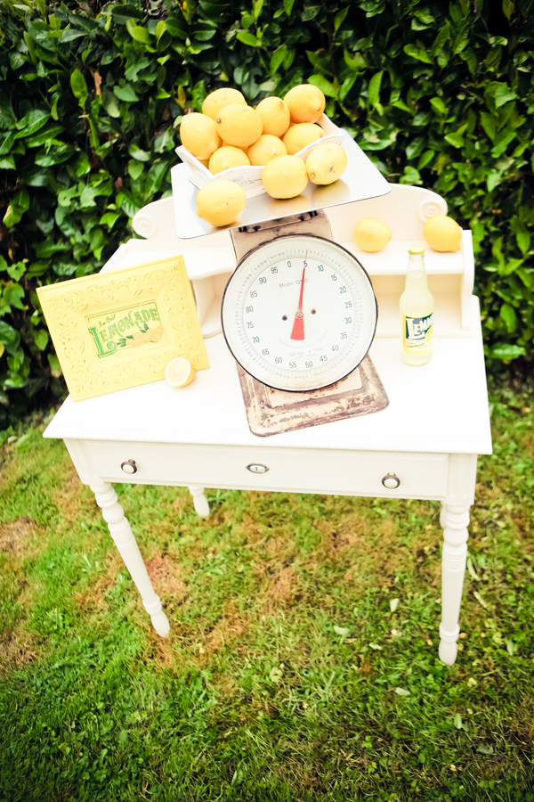 lemon+lime+green+yellow+citrus+orange+modern+ombre+birthday+party+wedding+theme+shower+baby+kids+kid+children+child+7up+seven+up+theme+photo+backdrop+lemonade+stand+retro+vintage+heather+lynn+photographie+5 - Heads up, Seven-Up!