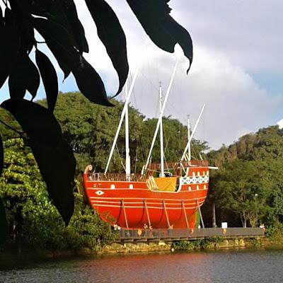 A caravela do Parque Taquaral em Campinas é um réplica das naus que descobriram o Brasil.