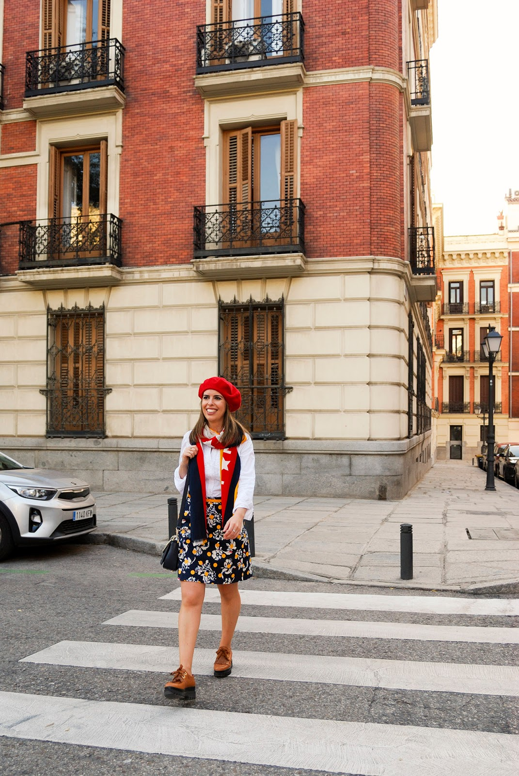 Tommy Hilfiger travel outfit blogger Retiro Park Madrid