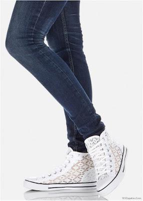 Zapatillas de mujer a la moda
